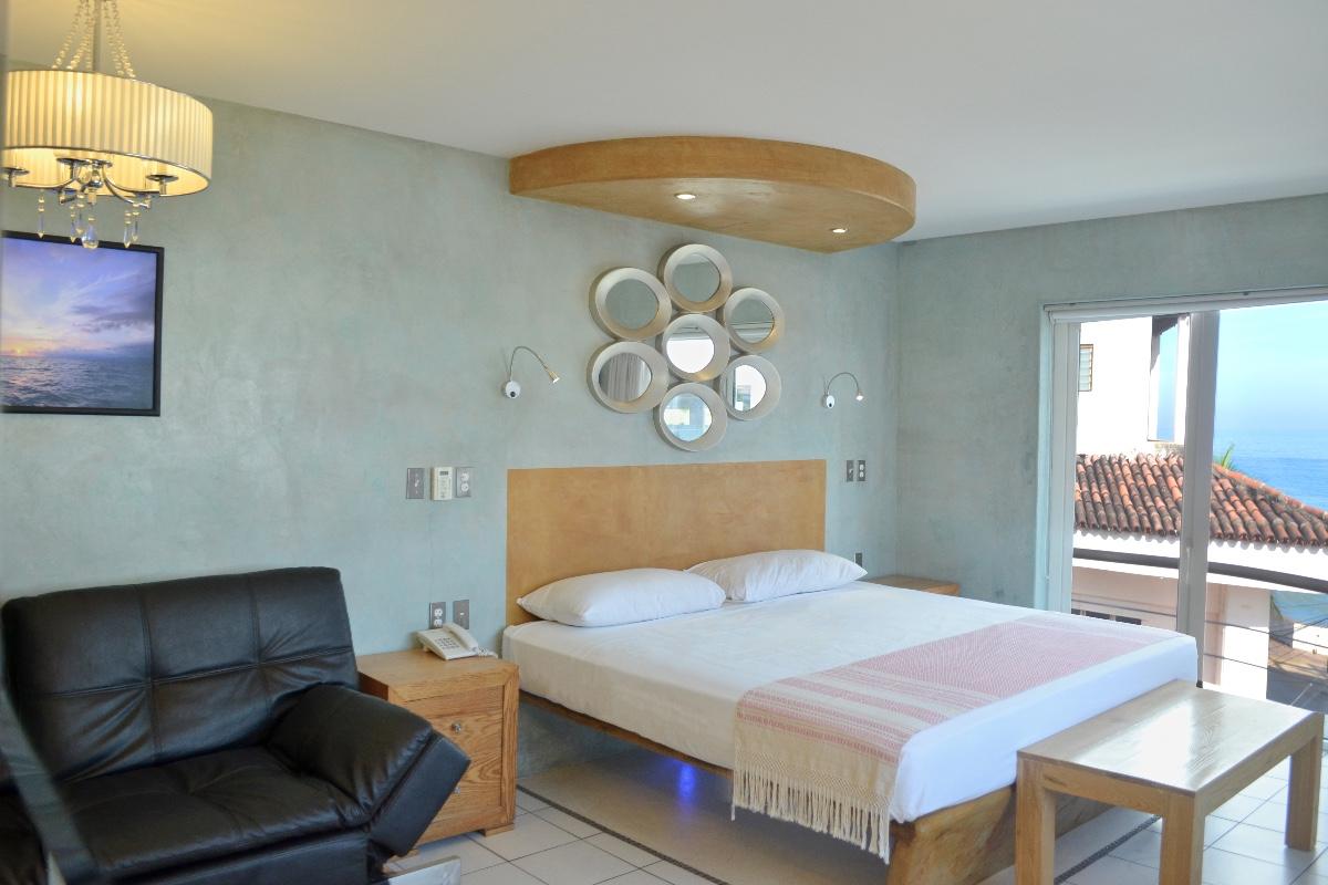 Habitación de lujo con cocineta-1
