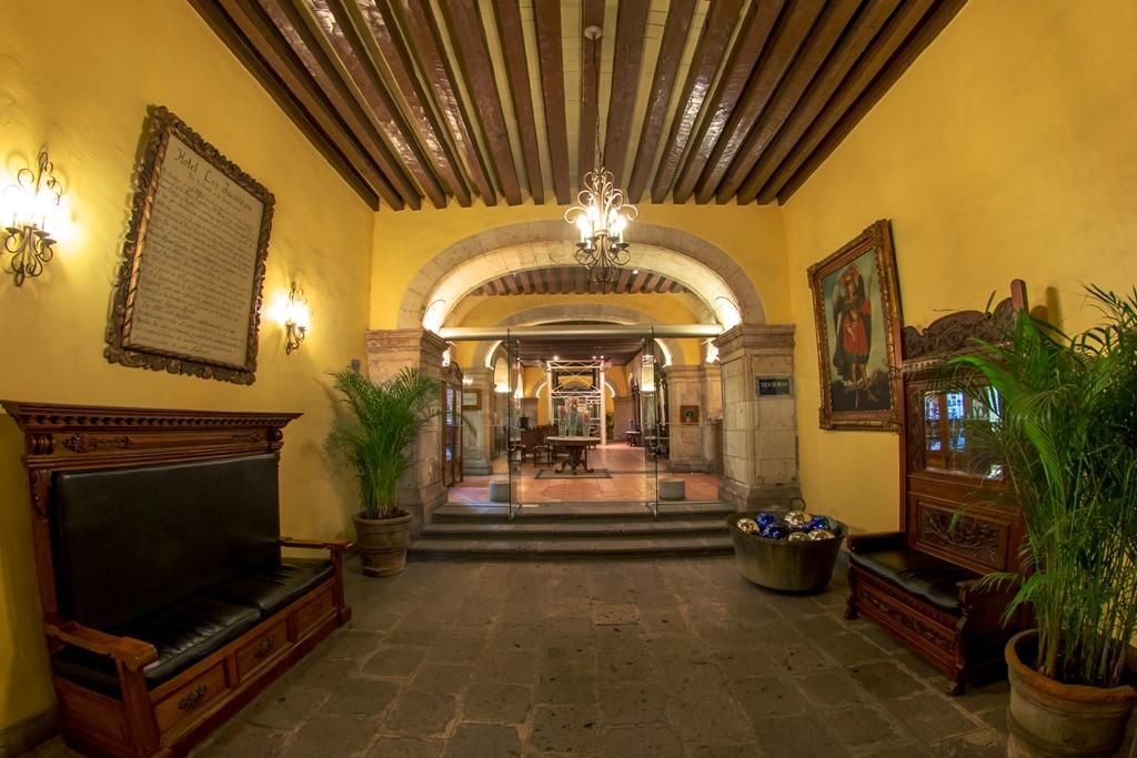 Hotel-Los-Juaninos