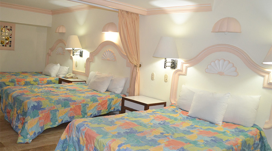 INTERIOR ROOM WITH 2 MATRIMONIAL BEDS