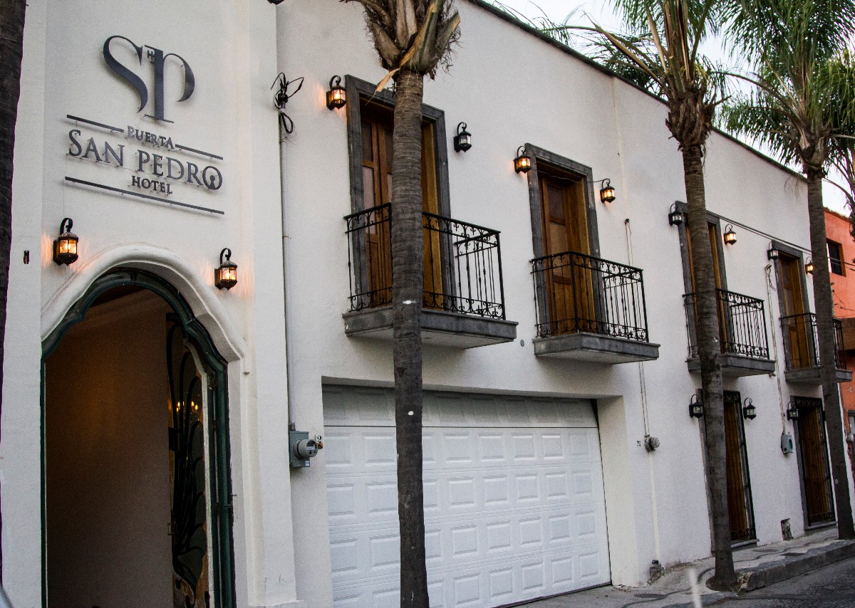 Hotel-Puerta-San-Pedro