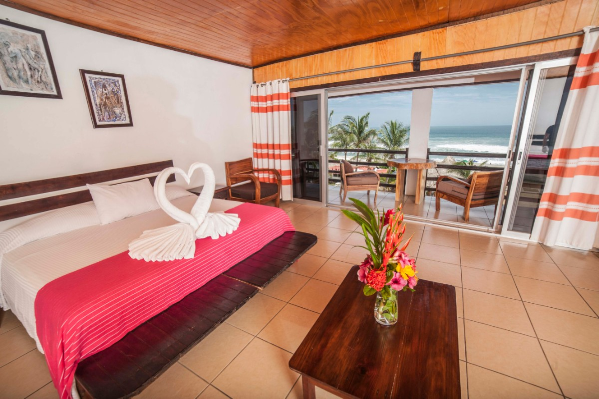 Double room with ocean view and air conditioning-2