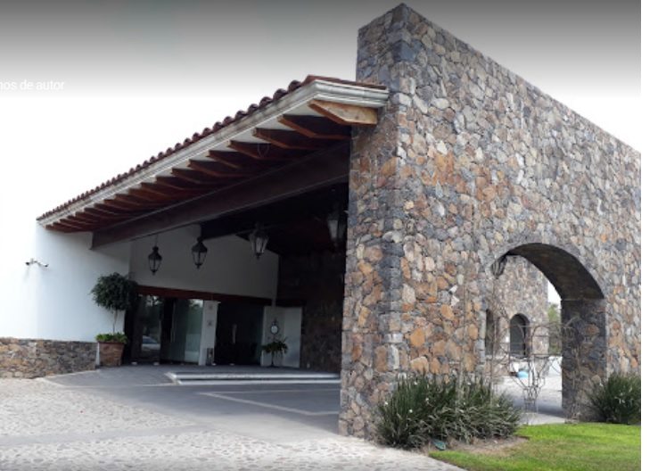 Hotel-Villa-Mexicana-Golf--Equestrian-Resort-Queretaro