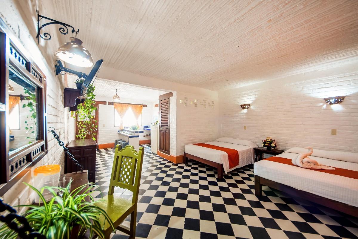 Kitchennette Room-1