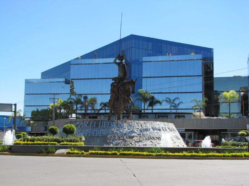 Aranzazu-Plaza-Kristal-0
