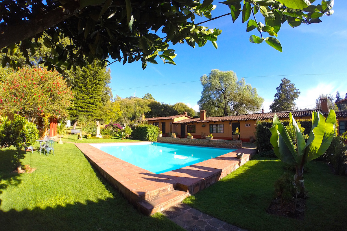 Villa-Patzcuaro-Garden-Hotel--RV-Park-7