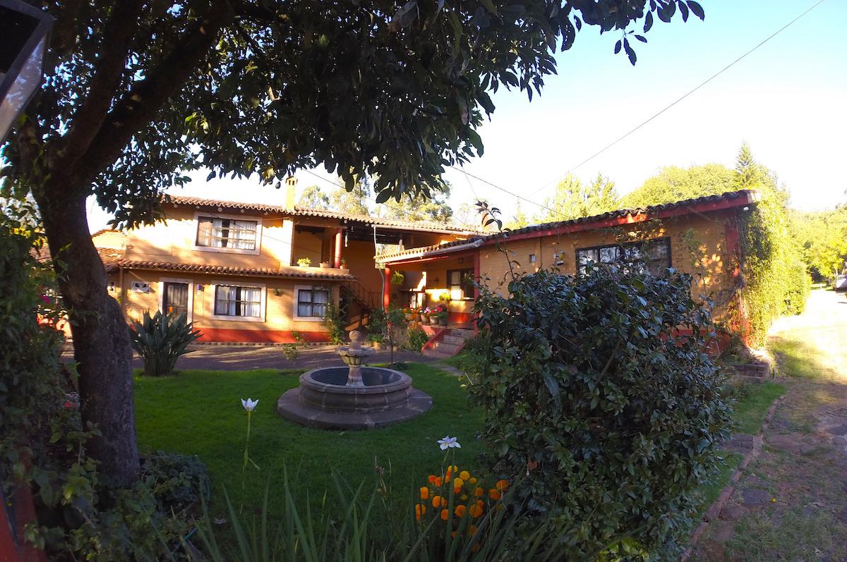 Villa-Patzcuaro-Garden-Hotel--RV-Park-8