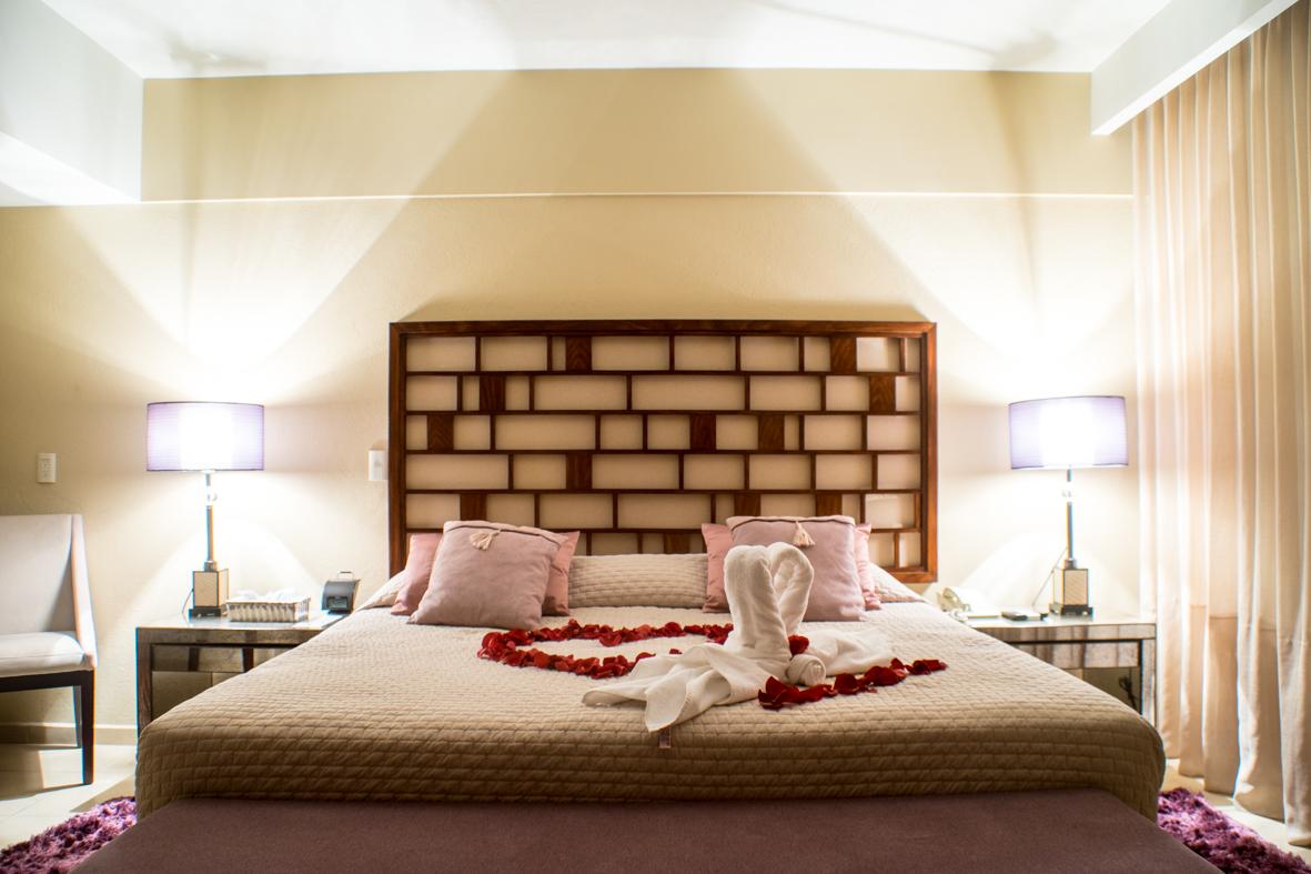 Romantic-Deluxe-Room-Desayuno-Incluido_1