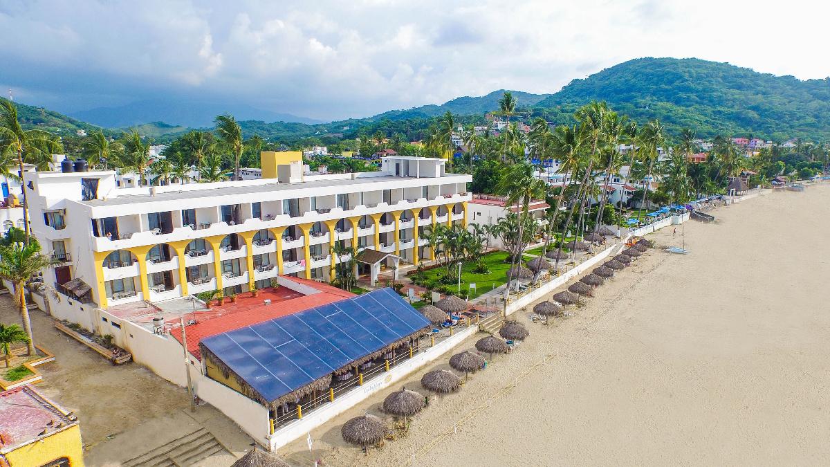 Hotel-Costa-Alegre-Suites-1
