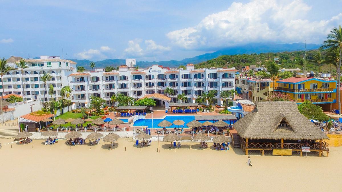 Hotel-Casa-Blanca-Guayabitos-0